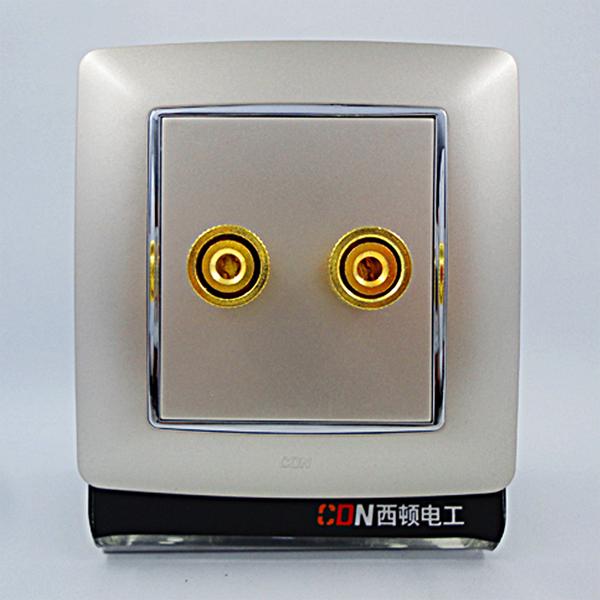 音箱插座如何接线